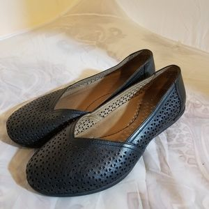 Dansko Neely Leather perforated flats